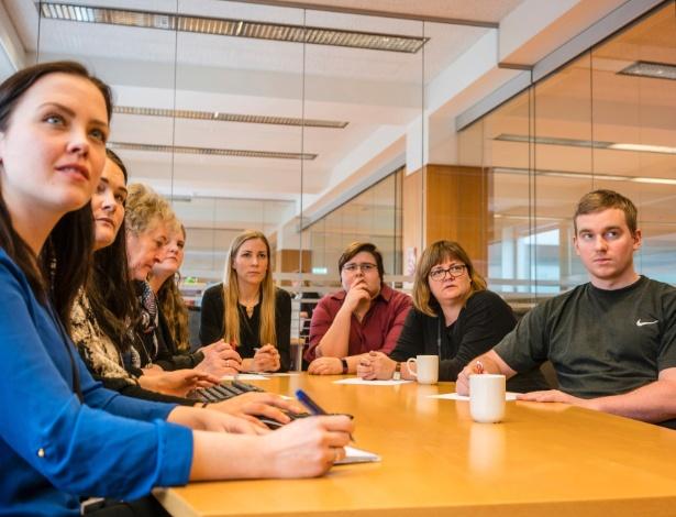 O departamento de impostos da Alfândega islandesa, onde a maioria dos empregados é do sexo feminino, em Reykjavik