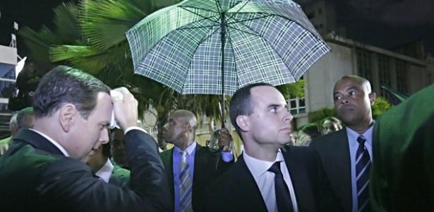 Doria levou uma 'chuva de ovos', em Salvador, em protesto de movimentos de esquerda