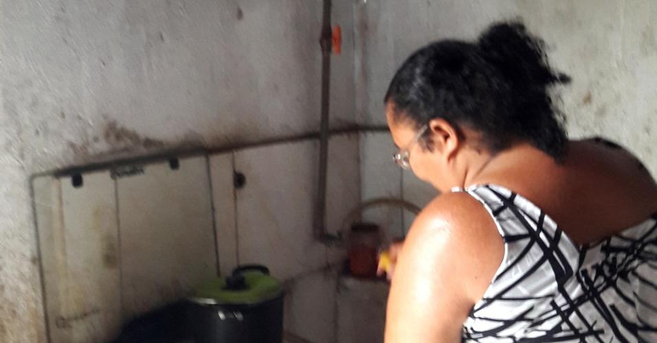 Botijão? Por lá, nunca mais!: Famílias de PE fazem gás de cozinha com esterco de animais