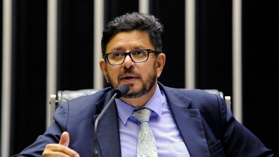 """O deputado federal Fábio Ramalho (MDB-MG) é conhecido pelos jantares de comida mineira aos colegas e entra na disputa por uma Câmara """"mais democrática"""" entre os parlamentares - Agência Câmara"""