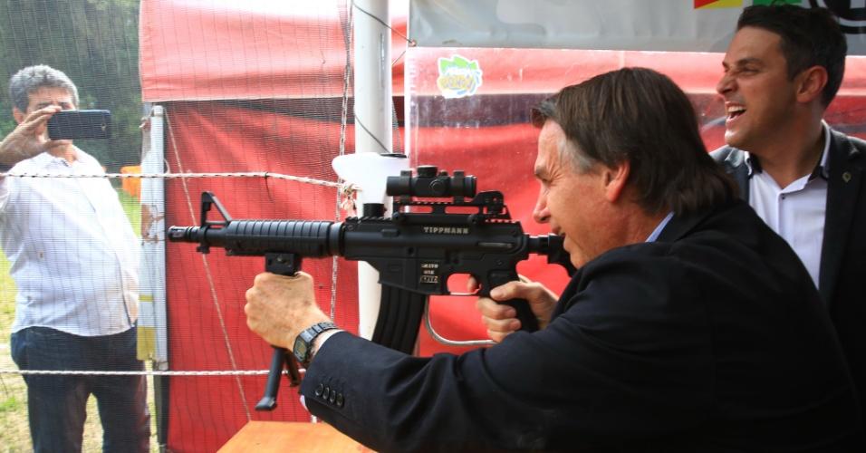 29.ago.2018 - O candidato do PSL à Presidência da República, Jair Bolsonaro, visitou nesta quarta-feira (29) a Expointer, feira agropecuária realizada em Esteio, na Grande Porto Alegre