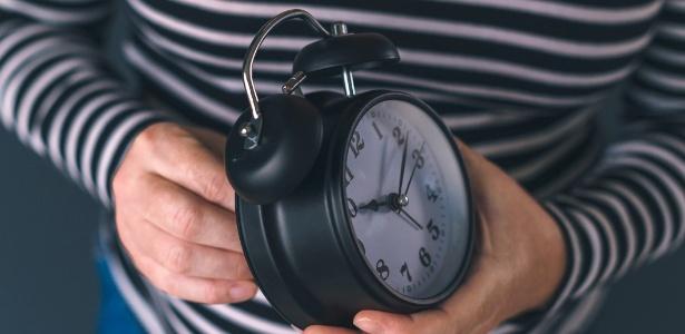 0161d0ece5c Horário de verão  seu celular não vai atualizar  saiba acertar hora ...