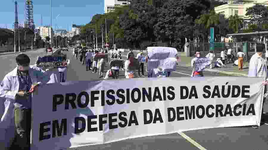 07/06/2020 - Médicos, enfermeiros e outros profissionais de saúde realizam ato pela democracia e contra desmonte na Saúde em São Paulo - Divulgação