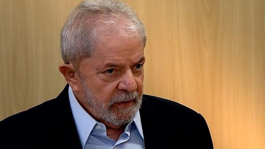 Lula em entrevista à BBC em Curitiba no ano de 2019; STF vai julgar se mantém ou não decisão de Fachin que considerou a Justiça do Paraná incompetente para julgar Lula - BBC