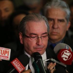 Eduardo Cunha (PMDB-RJ) chora ao anunciar sua renúncia à Presidência da Câmara dos Deputados - Alan Marques/Folhapress