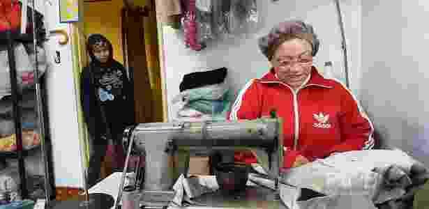 Josefa dos Santos Reis, 63, é costureira no Grajaú e declarou voto em Lula - Venceslau Borlina Filho/UOL - Venceslau Borlina Filho/UOL