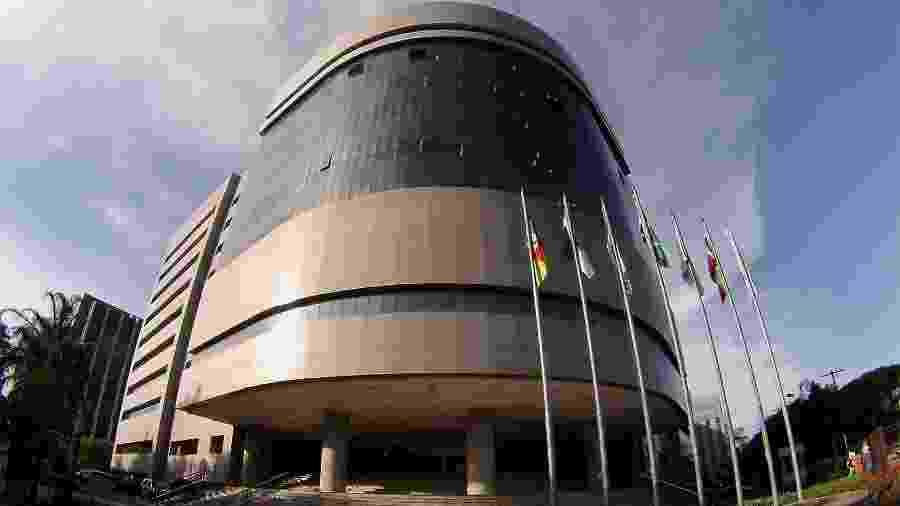 Sede do TRF-4, em Porto Alegre; tribunal tem contrariado a força-tarefa da operação Lava Jato - Sylvio Sirangelo/Divulgação/TRF-4