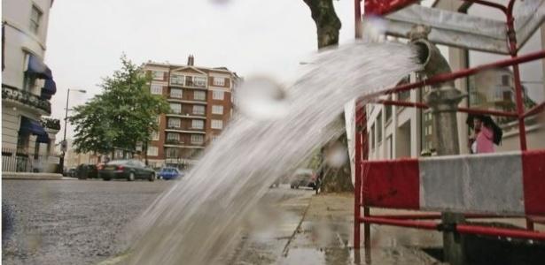 Na capital do Reino Unido, o índice de desperdício de água é de 25%