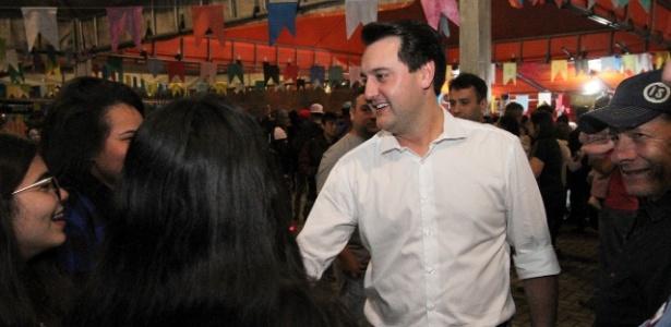 8.jul.2018 - Ratinho Junior (PSD), candidato ao governo do Paraná, durante agenda de pré-campanha