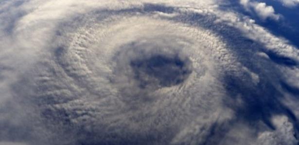 Comitê internacional se reúne em agência da ONU para definir nomes de furacões em todo o mundo