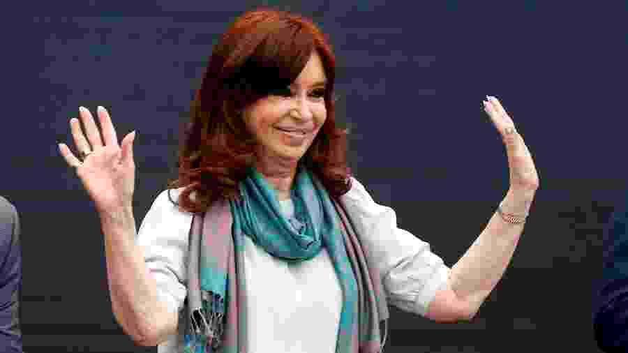 Cristina Kirchner, ex-presidente da Argentina, participa de fórum de lideranças de esquerda em Buenos Aires, uma semana antes do G-20 - Martin Acosta / Reuters