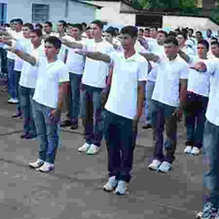 Jovens no alistamento militar - Divulgação/Ministério da Defesa