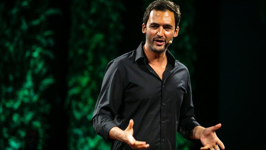Jason Silva, filósofo, futurista e apresentador dos programas Jogos Mentais e Origins - Divulgação/Experience Club