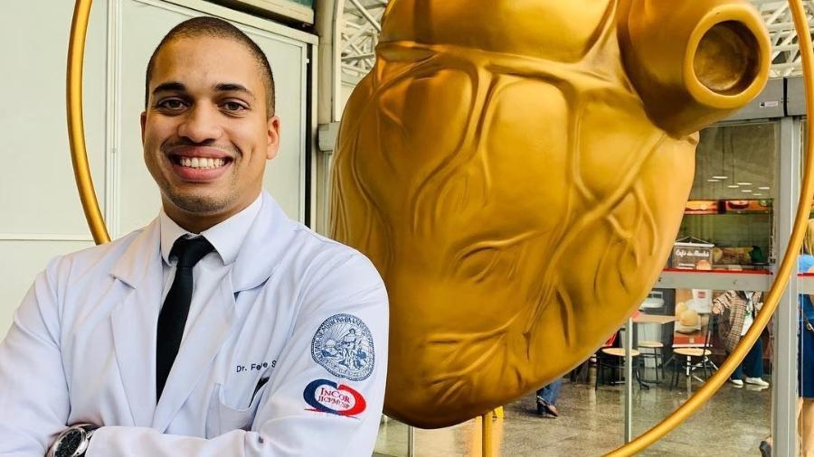 O cardiologista Felipe Santos, 31, pediu para usar cloroquina durante tratamento contra coronavírus - Arquivo Pessoal