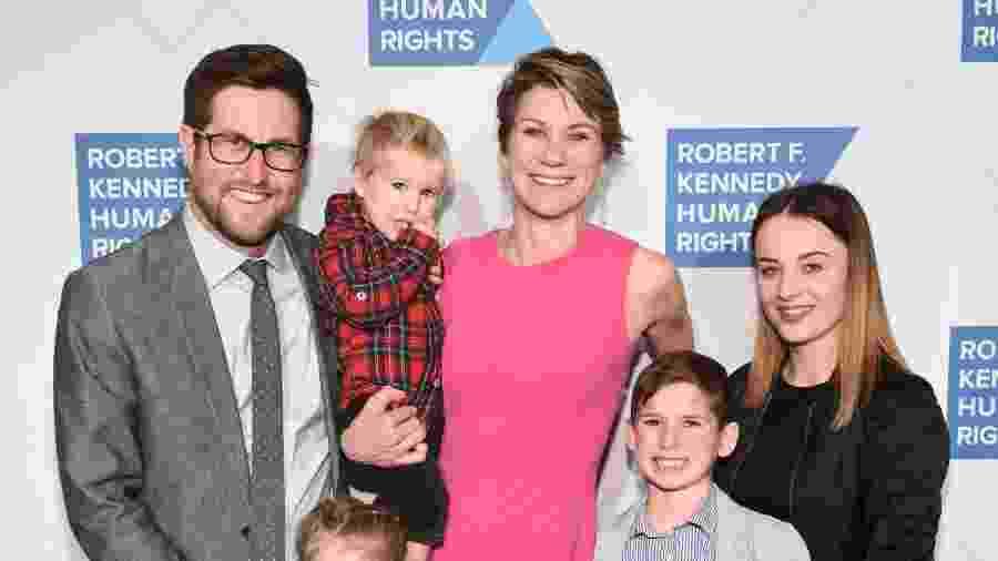 12.dez.2019 - David McKean, Maeve Kennedy Townsend Mckean e os filhos, em 2019 - Getty Images