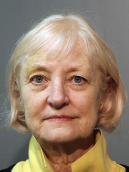 """Marilyn Hartman conseguiu """"invadir"""" três voos comerciais desde 2014 se aproveitando de problemas na segurança - Departamento de Polícia de Chicago/The New York Times"""
