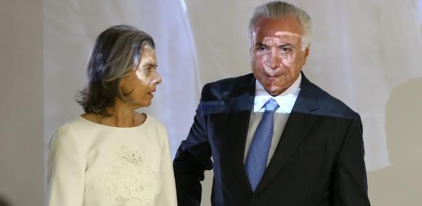Presidente Michel Temer ao lado da presidente do STF, ministra Cármen Lúcia