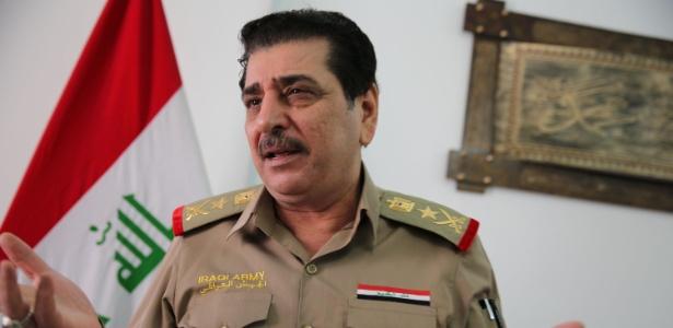 O tenente-general Mohammed al-Askari fala em seu escritório em Bagdá, neste 6 de maio de 2018. Aviões de guerra iraquianos realizaram um ataque no início do dia contra o Estado Islâmico na Síria