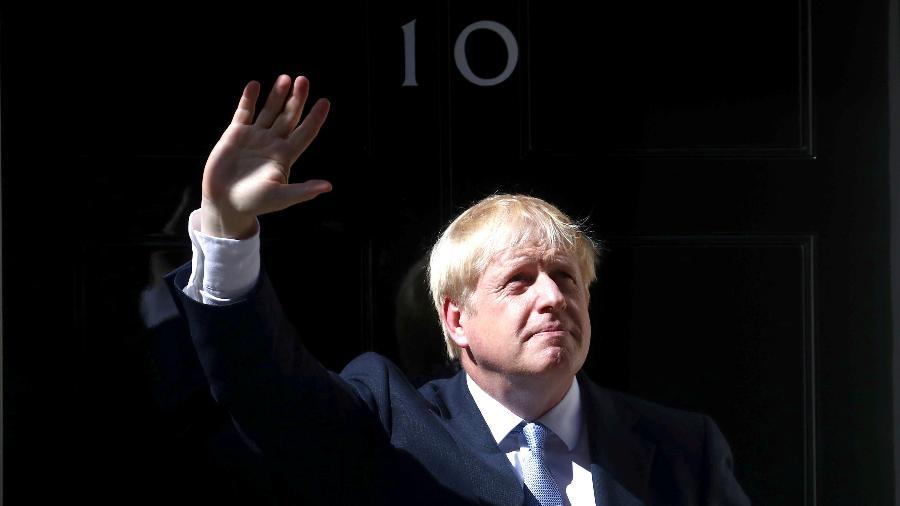 "Primeiro-ministro britânico classificou incêndios como ""desoladores"" no Twitter - Hannah McKay/Reuters"