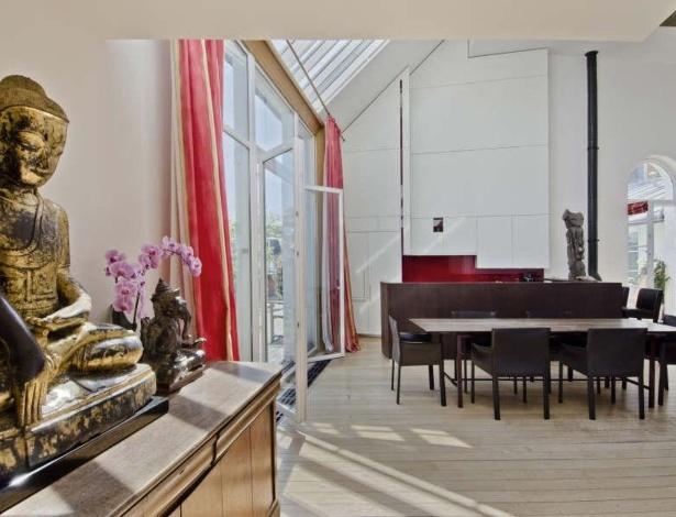 Apartamento parisiense do pintor americano James Whistler, colocado à venda pela imobiliária Féau