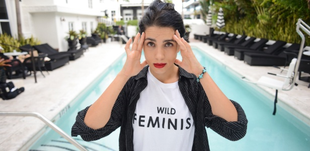 Nadya Tolokonnikova, da banda punk russa Pussy Riot, em Miami Beach