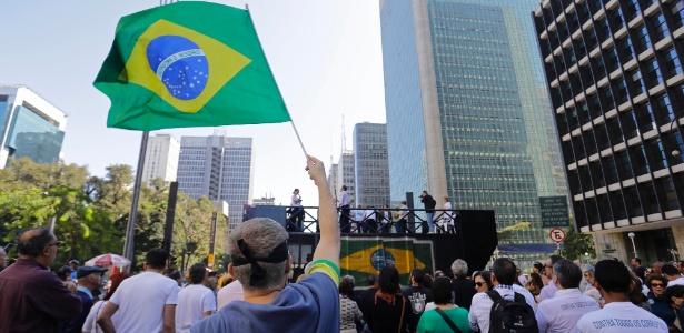 """Ato na avenida Paulista pede saída de """"todos os corruptos"""" - Nelson Antoine/EstadãoConteúdo"""