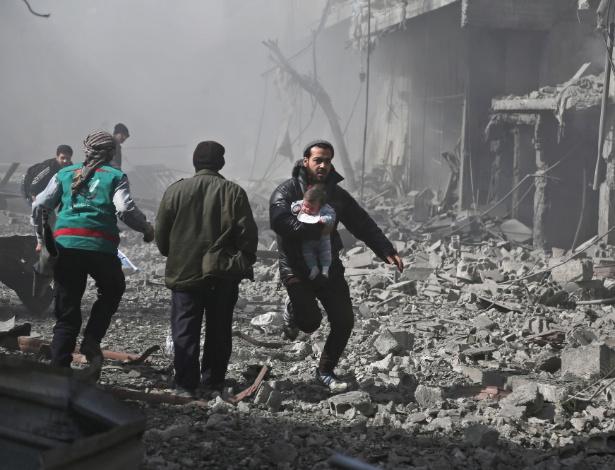 Resultado de imagem para Ataques rebeldes contra área controlada por regime deixam 10 mortos na Síria