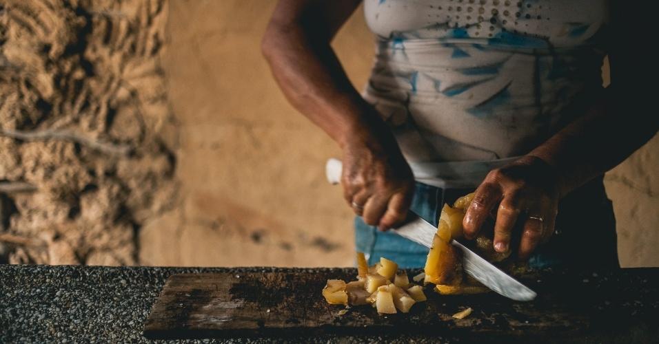 Comunidades tradicionais ocupam o solo de modo não predatório e, frente às pressões, se organizam na busca pelo direito à terra e à água