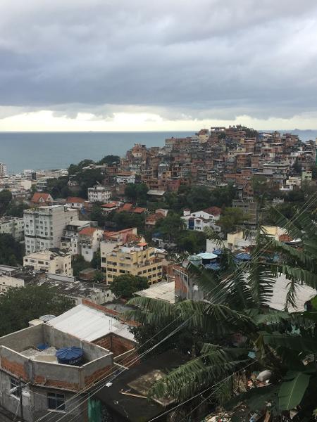Vista do alto do morro Pavão-Pavãozinho, em Copacabana - Luis Kawaguti / UOL