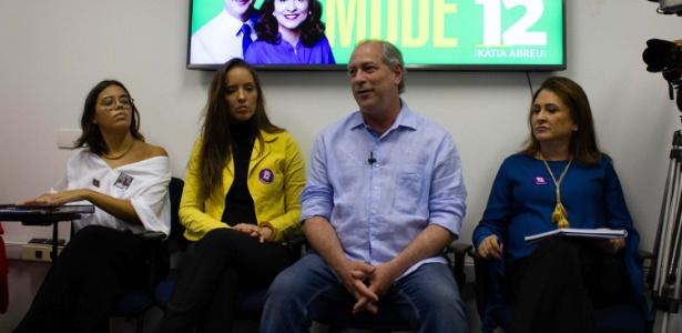 28.set.2018 - O candidato à presidência da República pelo PDT, Ciro Gomes participa de encontro sobre políticas públicas para as mulheres, em São Paulo