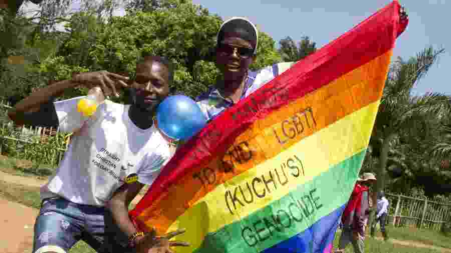 Manifestantes durante passeata em 2014 em Uganda - Isaac Kasamani