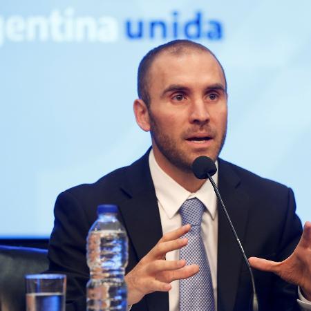 Ministro da Economia da Argentina, Martin Guzman; moeda argentina foi negociada ontem a 83,21 pesos por dólar - Mariana Greif/Reuters