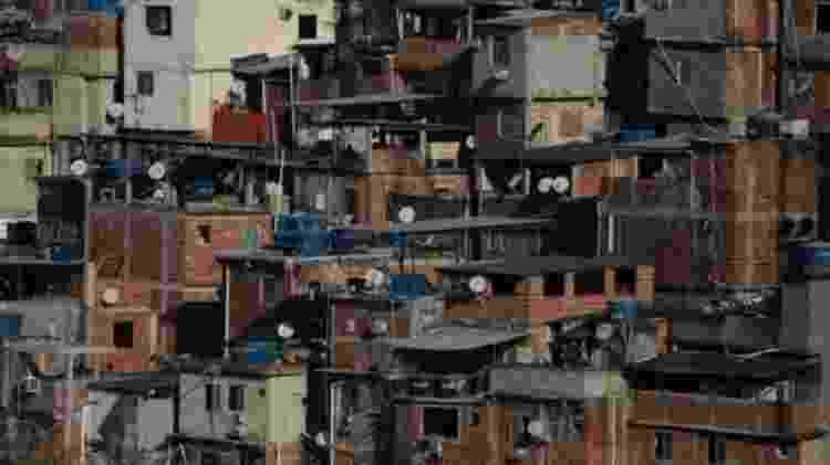 Segundo IBGE, em 2018, chegou a 13,5 milhões o número de brasileiros vivendo abaixo da linha da extrema pobreza - 4,5 milhões a mais que em 2014 - Reuters