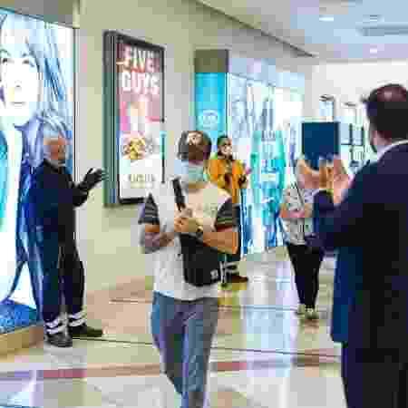 8.jun.2020 - Reabertura de shopping em Madri, na Espanha, durante pandemia do novo coronavírus - David Benito / Getty Images