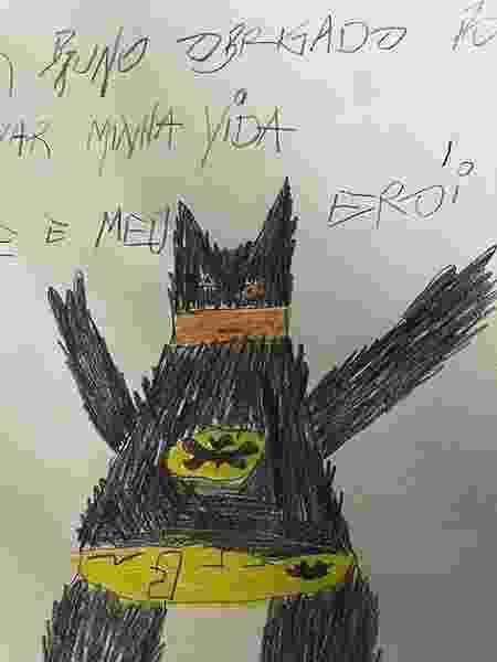 'Meu erói': médico simulou caligrafia infantil para dar credibilidade à história - Reprodução/Instagram - Reprodução/Instagram