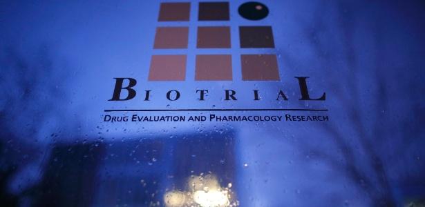 Fachada do laboratório Biotrial, responsável pelos testes de um medicamento que causou morte cerebral em uma pessoa em Rennes, na França