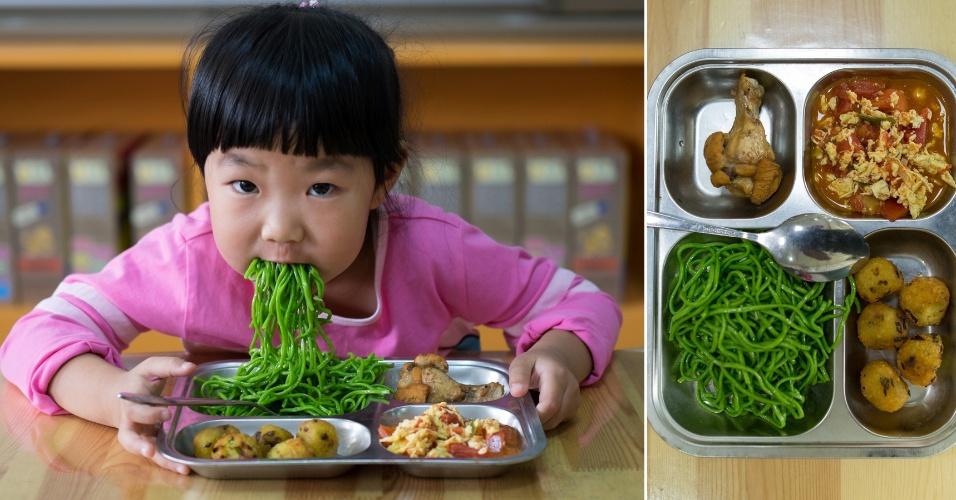 Crianças comendo merenda em escolas na China