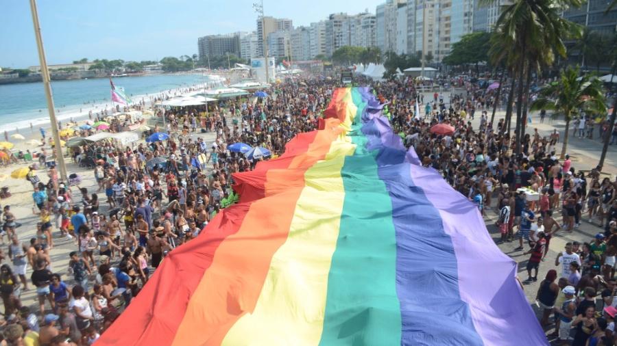 21ª Parada do Orgulho LGBT do Rio de Janeiro, na orla de Copacabana - Luiz Gomes/Fotoarena/Estadão Conteúdo