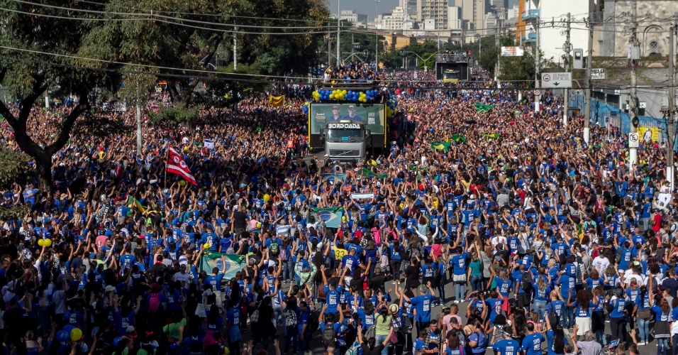 31.mai.2018 - Vista geral da 26ª Marcha para Jesus em São Paulo
