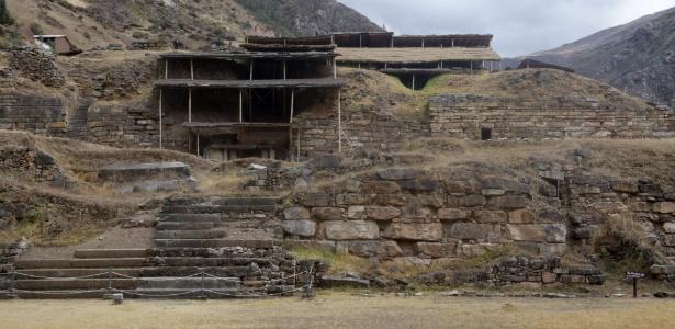 Sítio arqueológico de Chavín de Huántar, templo milenar nos Andes peruanos onde foi descoberto um conjunto de três galerias subterrâneas - AFP/ MINISTÉRIO DA CULTURA PERUANO