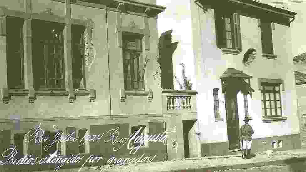 Prédios atingidos por granadas em 1924 em São Paulo - Bombas sobre São Paulo/Reprodução