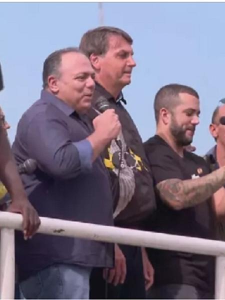 Pazuello discursa ao lado de Bolsonaro em ato no Rio no último dia 24 - Reprodução