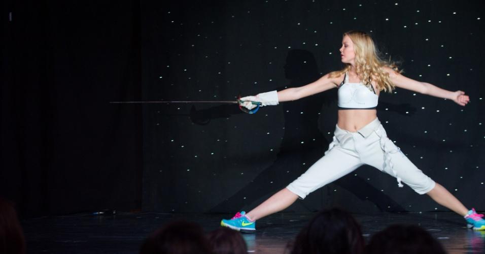O esporte também esteve presente no show de talentos promovido na semana que antecede o Miss Universo: a Miss Israel Avigail Alfatov fez apresentação de esgrima. A disputa do Miss Universo 2015 ocorre na noite deste domingo (20), em Las Vegas, nos Estados Unidos