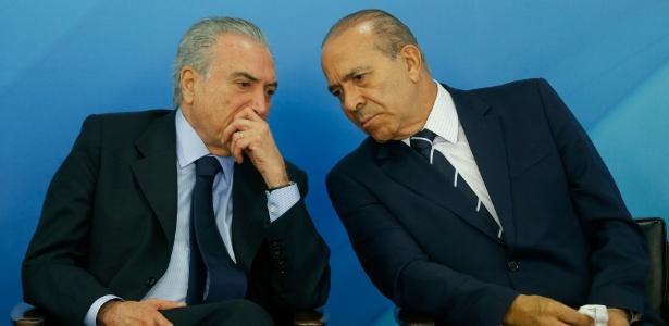 O presidente Michel Temer ao lado do ministro Eliseu Padilha