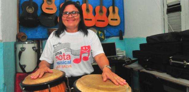 """A ex-gari Lauricéa Rodrigues, idealizadora do projeto """"Uma Nota Musical que Salva"""""""