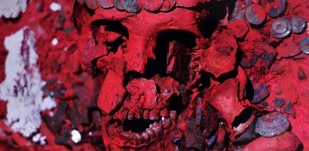 Poeira que cobria os restos da Rainha Vermelha é conhecida como cinábrio - Instituto Nacional de Antropologia e História