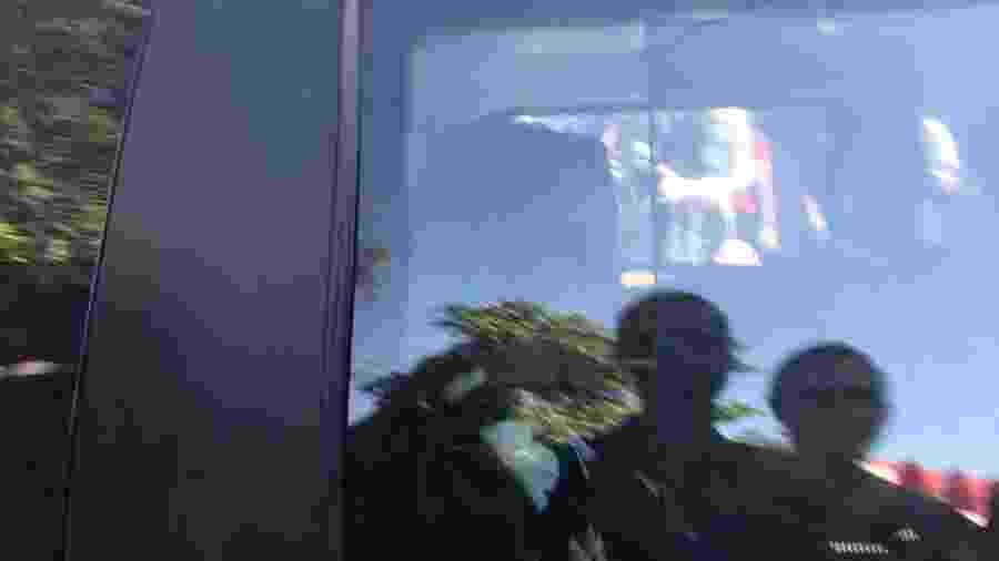 24.jun.2019 - Deputada Flordelis chega para depor sobre morte de marido - Marina Lang/UOL