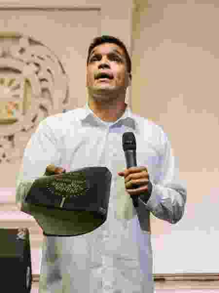 7.dez.2019 - O ex-deputado federal Cabo Daciolo em reunião do Prona em SP - Daniel Texieira/Estadão Conteúdo