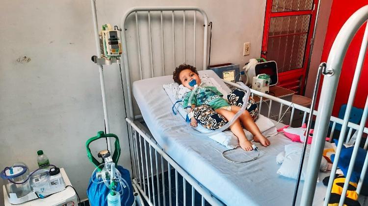Com doença rara, bebê tem 3 meses para conseguir R$ 11 milhões para remédio – UOL Notícias