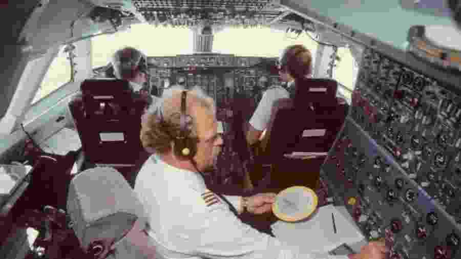 Engenheiro de voo a bordo de um Boeing 747 da Lufthansa - Divulgação/Lufthansa